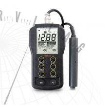 HI 8633 Hordozható EC-mérő minőségellenőrzési célokra