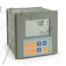 pH 502 Digitális pH-szabályzó proporcionális szabályzással