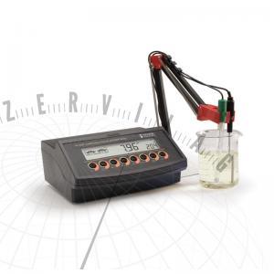 HI 2221 Asztali pH mérő és ORP mérő adatrögzítő funkcióval